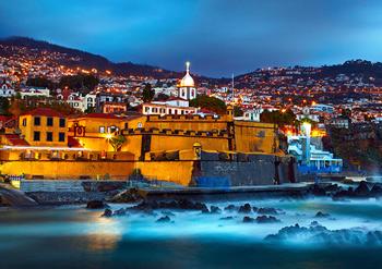Funchal, cidade para instalar um posto de carregamento